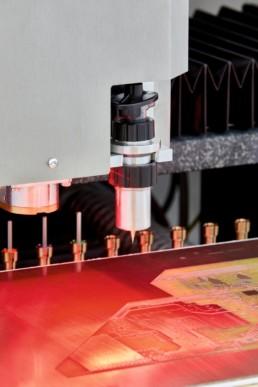 LPKF ProtoMat S104 — топовый плоттер для изготовления печатных плат — LPKF — Специал Электроник и Технологии